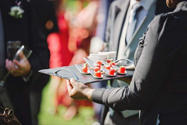 Planning a wedding on small budget